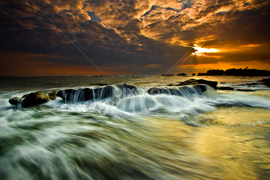 Come Over by Choky Ochtavian Watulingas - Landscapes Sunsets & Sunrises ( sunset, wave, beach, seascape, csv, motion, rays )