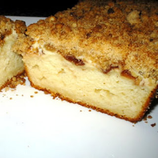 Cream Cheese-Filled Coffeecake With Fruit Preserves and Crumble Topping