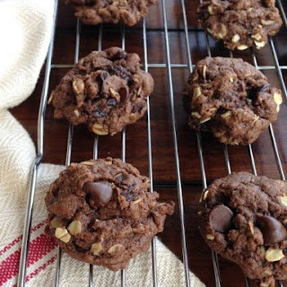 """Raisinet"" Cookies"