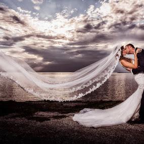 wind by Vasilis Tsesmetzis - Wedding Bride & Groom