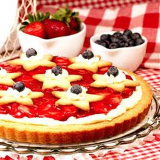 Fresh Strawberry Cheesecake Pie.