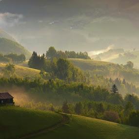 Great place to live by Boris Michaliček - Landscapes Mountains & Hills ( hills, cottage, summer, meadows, slovakia )