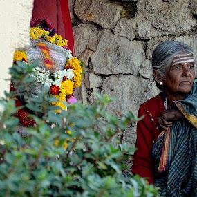 by Subramanya Padubidri - People Street & Candids