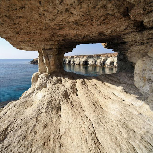洞窟ジグソーパズル