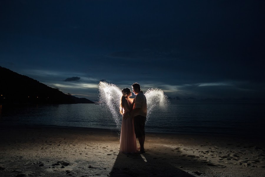 Angel by Peter Kong - Wedding Bride & Groom