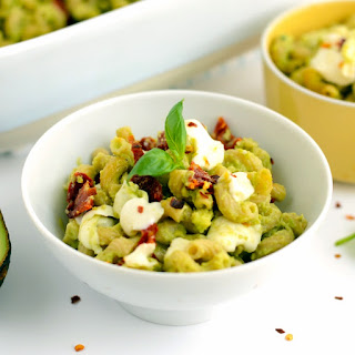 Avocado Mac and Cheese with Sun Dried Tomatoes Recipe