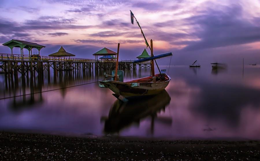 Perahu di Kenjeran by Agus Sudharnoko - Transportation Boats