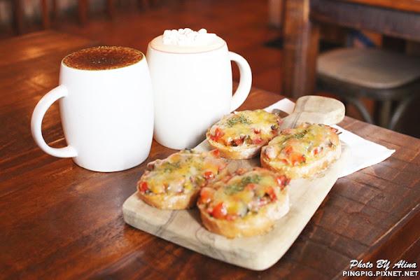 JS Cafe & Bistro