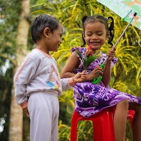 sweet kids by Eddy Ahmad - Babies & Children Children Candids ( blogger, n9, sweetkid )
