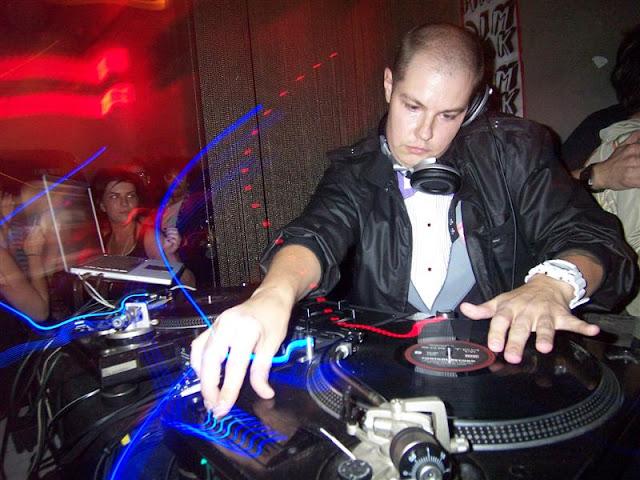 BAHAY BOYS: DJ FASHEN - WHITE LIGHT FOUR MIX
