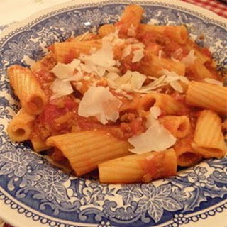 Fresh Pasta with Bolognese Sauce