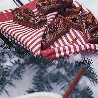 Chewy Caramel Pecan Bars