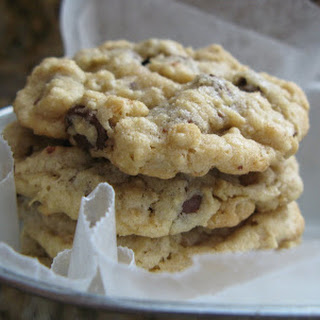 Kaitlyn's Outrageous Oatmeal-Chocolate Chip Cookies