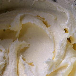 Vanilla Frozen Yogurt.
