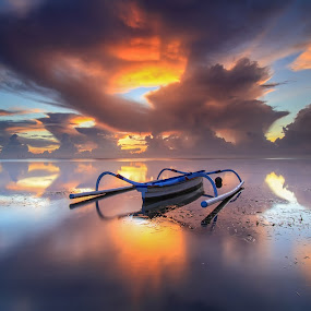 twins by I Made  Sukarnawan - Landscapes Cloud Formations ( bali, sunset, beach, sunrise, boat, landscape )