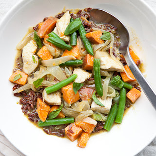 Thai-Flavored Green Curry with Sweet Potato, Green Beans, and Chicken
