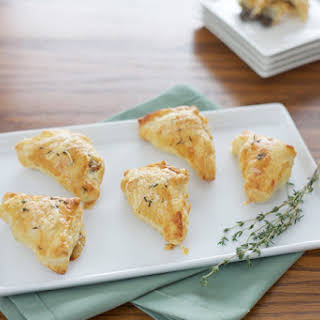 Mushroom and Gruyère Appetizer Puffs.