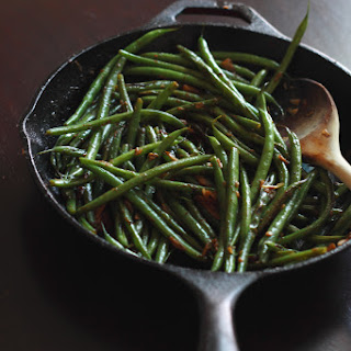 Quick Skillet Garlic Green Beans.