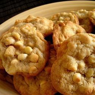 Macadamia Nut and White Chocolate Cookies Recipe