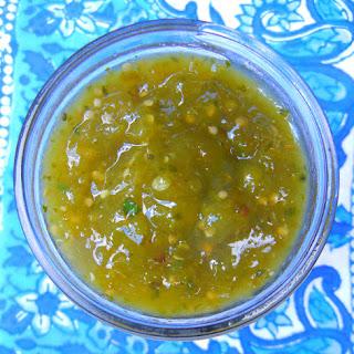 Spicy Mexican Tomatillo Salsa Verde