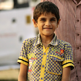 Making a living by Seema Nair - Babies & Children Child Portraits ( child, poor, children, kerala, childhood,  )