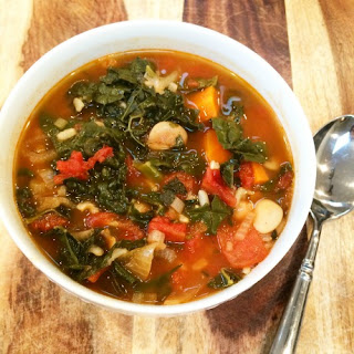 Hearty Kale-Bean Soup