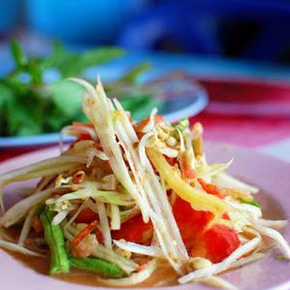 "Thai Green Papaya Salad (""Som Tam"")"