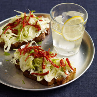 Toasts with Fennel and Sun-Dried Tomatoes Recipe