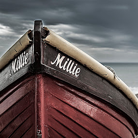 Millie boat by Nerijus Savičius - Transportation Boats ( clouds, see, beach, boat )