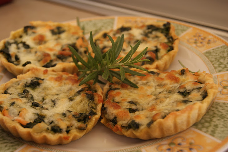 Spinach and Smoked Salmon Tartlets Recipe