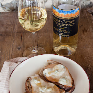 Lardo, Pear, Blue Cheese And Honey Crostoni With Sourdough Bread