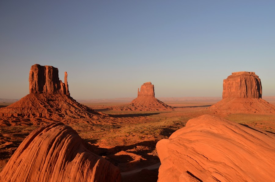 Monument Valley, USA by Ana Magnabosco - Landscapes Deserts