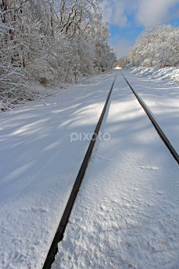by Dipali S - Transportation Railway Tracks ( winter, railway, transport, snow, line, train, tracks, travel, , land, device, transportation, vertical lines, pwc )