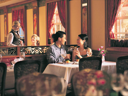 In the mood for romance? Le Bistro offers French cuisine, a chic décor and an uncrowded, unhurried atmosphere. (This shot was taken on Norwegian Star.)