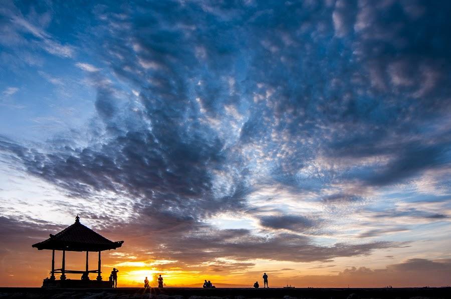 sanur horizon by Rizeki Raharja - Landscapes Sunsets & Sunrises ( bali, sky, sanur, sunrise, beach )