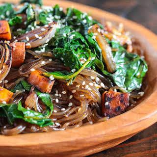 Korean Japchae Glass Noodles Recipe - Super Foods Version!.