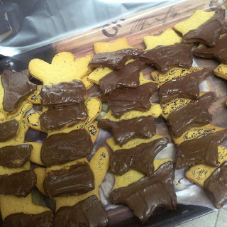 Custard & Chocolate Biscuits.