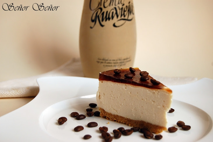 Cream of Orujo, Mascarpone, and Coffee Jelly Cheesecake Recipe
