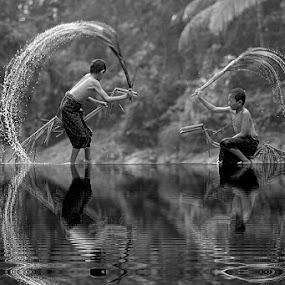 by Saiful El-Shyrazy - Black & White Portraits & People