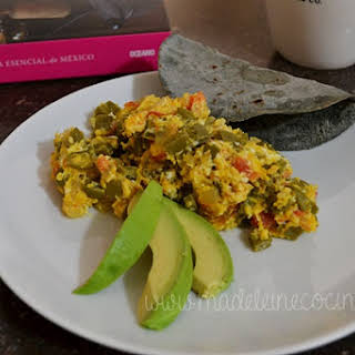 Eggs with Nopal.