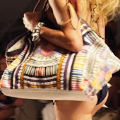 Fashion Woman:handbag show