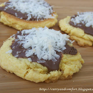 Nutella and Coconut Cookies.