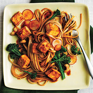 Udon Noodle Salad with Broccolini and Spicy Tofu.