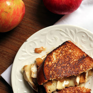 Apple Pie Grilled Cheese