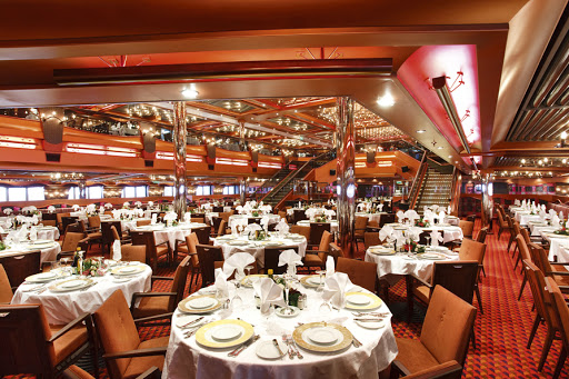 Costa-Pacifica-restaurant - Costa Pacifica's five restaurants offer cruisers plenty of dining options.