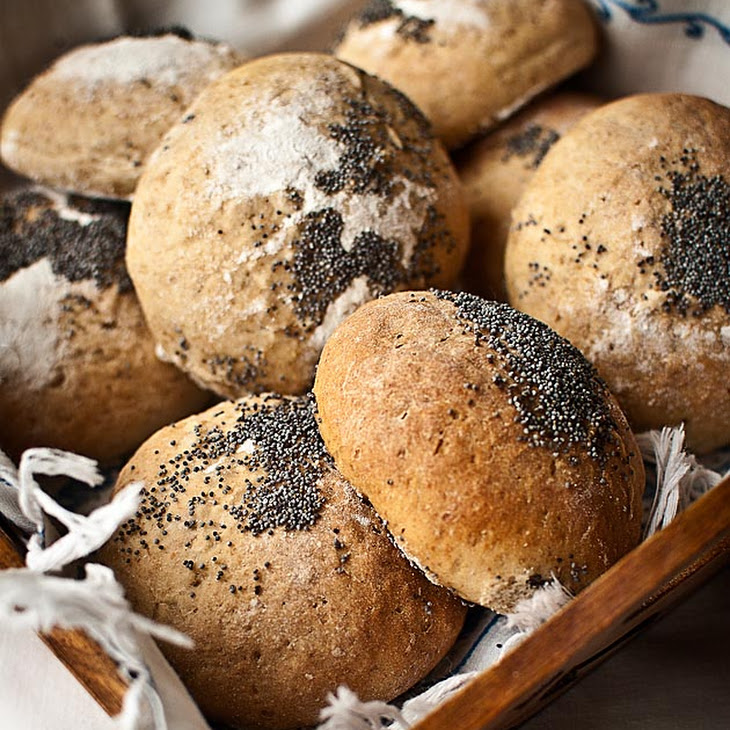 Rye and Yogurt Bread Rolls Recipe