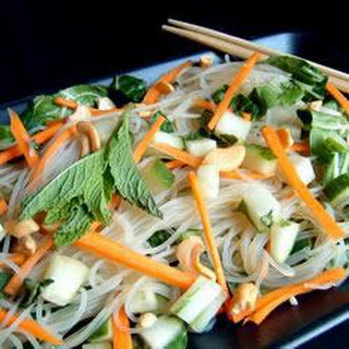 Vietnamese-Inspired Cabbage and Rice Noodle Salad Recipe