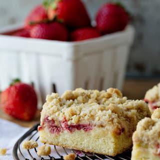 Strawberry Rhubarb Crumb Cake