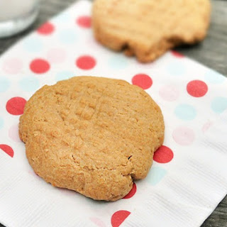 Single Lady Peanut Butter Cookie.
