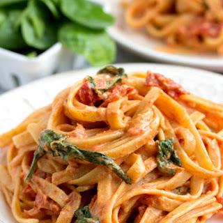 Sundried Tomato Fettuccine {Lightened Up}